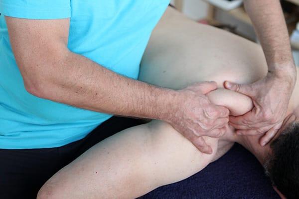 massage-dos-stephane-query